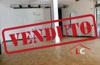 LC103, Arese in vendita: Negozio al Centro Commerciale