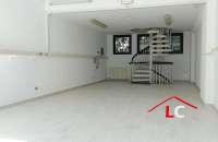 LC131, Arese in affitto: Negozio Centro Commerciale
