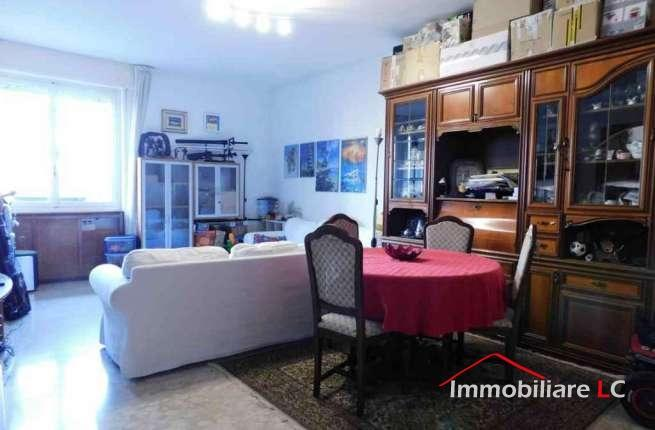Arese in vendita: Ampio Tre locali nel Residence Le Mimose