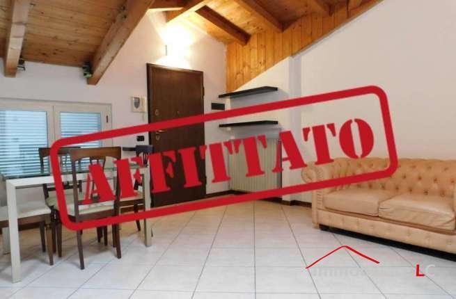 Arese in affitto: Zona Centrale Bilocale mansardato arredato